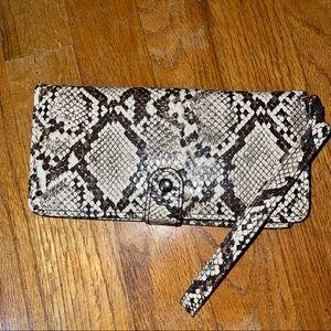 NWOT maurices wristlet/wallet